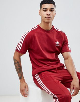 adidas Originals adicolor California T-Shirt In Burgundy CZ4544