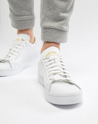 adidas Originals Court Vantage Sneakers In White CQ2561