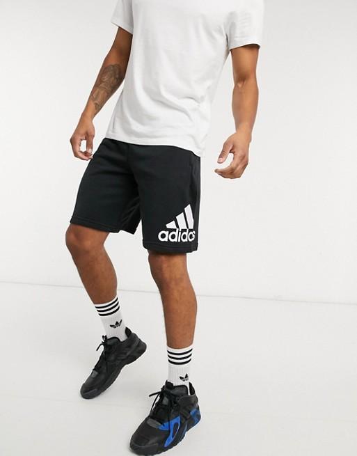 adidas Training - Pantaloncini neri con logo grande