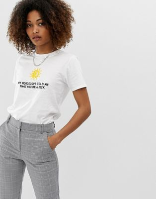 Adolescent Clothing – T Shirt Mit Horoskop Print by Asos