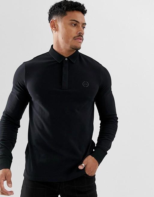 Bild 1 von Armani Exchange – Schmales, langärmliges Polohemd mit Logo in Schwarz