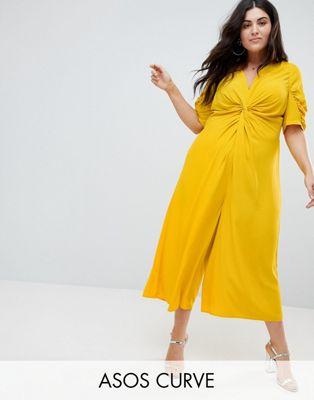 ASOS  CURVE – Tea-jumpsuit med knytning fram