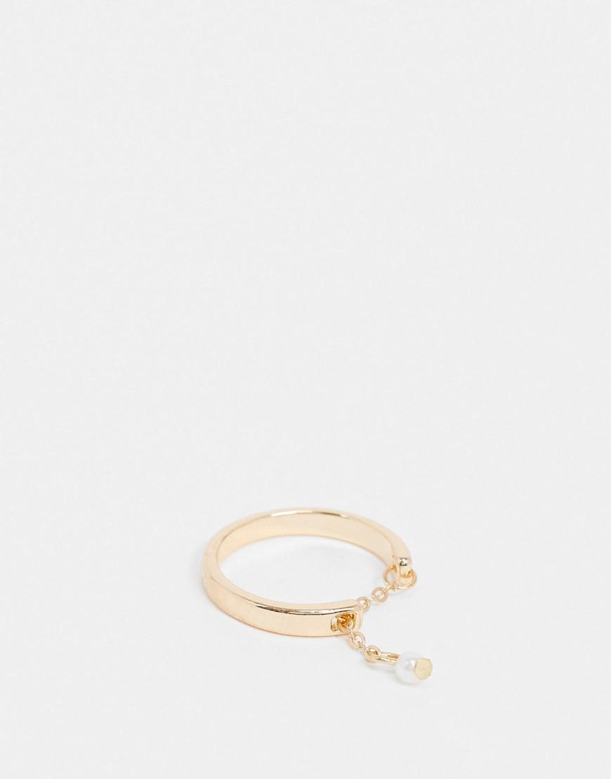 Image of ASOS DESIGN - Anello per il pollice color oro con catena e perla