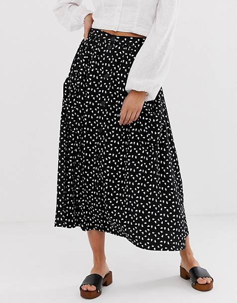 44872832f9b659 ASOS DESIGN button front midi skirt with pockets in heart print