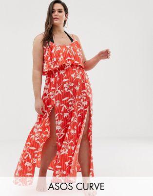 ASOS DESIGN Curve – Doppellagiges Strand-Maxikleid mit Streifen- und Blumenmuster im Flamencostil