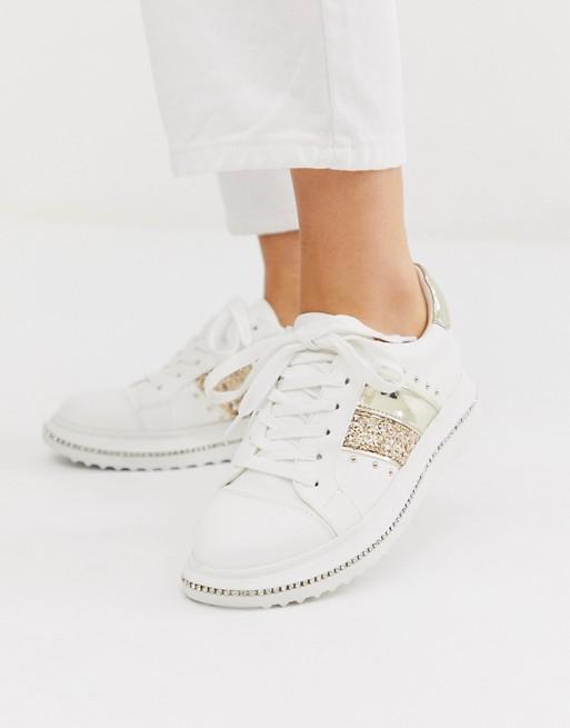 outlet store 9970e 7d3a5 ASOS DESIGN – Dote – Sneaker mit dicker Sohle und Strasssteinen in Weiß und  Champagner