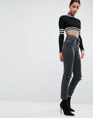 Afbeelding 1 van ASOS DESIGN - Farleigh - Smalle mom jeans met hoge taille en gescheurde knieën in zwart met wassing