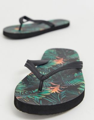 ASOS DESIGN flip flops with hawaiian print
