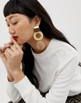 ASOS DESIGN – Goldene Harz-Ohrringe mit Kreis-Design