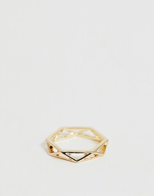Bild 1 von ASOS DESIGN – Goldener Ring mit geometrischem Design