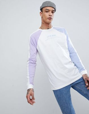 Afbeelding 1 van ASOS Design - lang T-shirt met kleurvlakken en borduursel
