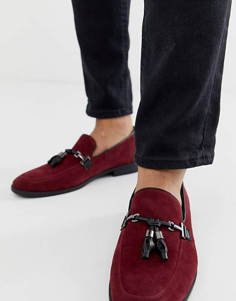 ASOS DESIGN loafers in burgundy faux suede with tassel