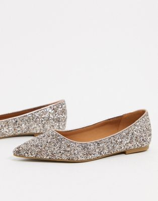 ASOS DESIGN – Lucky – Spitze Ballerinas in glitzerndem Rosegold