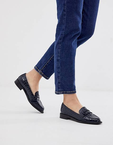 115185879 ASOS DESIGN Mantra loafer flat shoes in navy croc