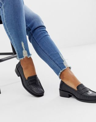 ASOS DESIGN Marley 90's loafer flat shoes in black