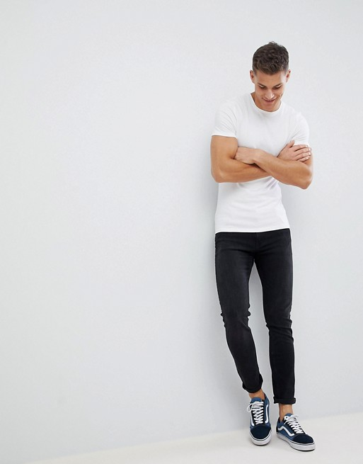 Afbeelding 1 van ASOS DESIGN - Muscle fit T-shirt met ronde hals en stretch in wit