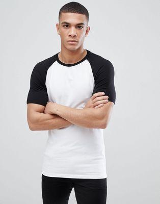 ASOS DESIGN – Muscle Fit T-Shirt mit Kontrastärmeln