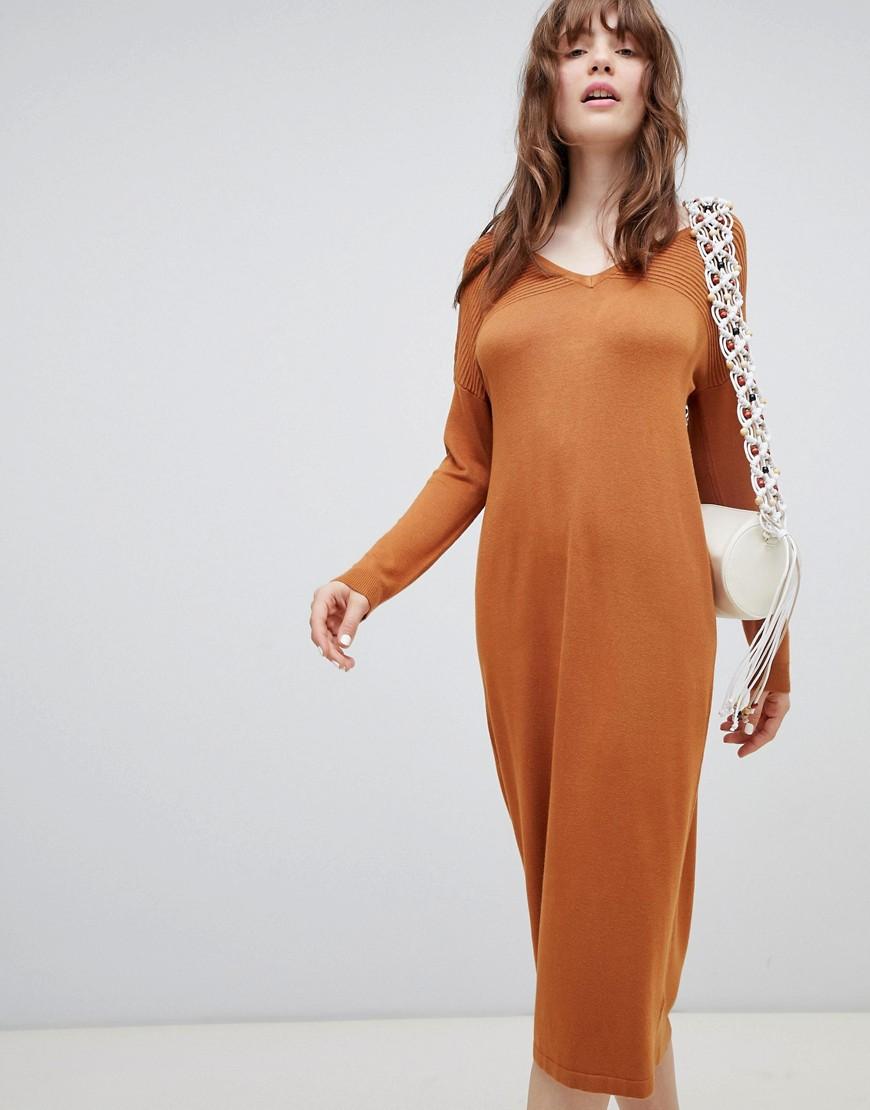 Asos Design   Robe Pull Mi Longue Avec Col En V Et Surpiqûres Effet Vagues by Asos Design