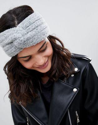 ASOS DESIGN – Stickat, fluffigt hårband