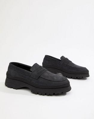 Bild 1 av ASOS DESIGN – Svarta loafers i skinn med tjock sula