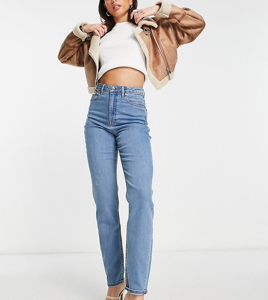 ASOS DESIGN Tall - Farleigh - Højtaljede smalle mom-jeans i mellemvask-Blå