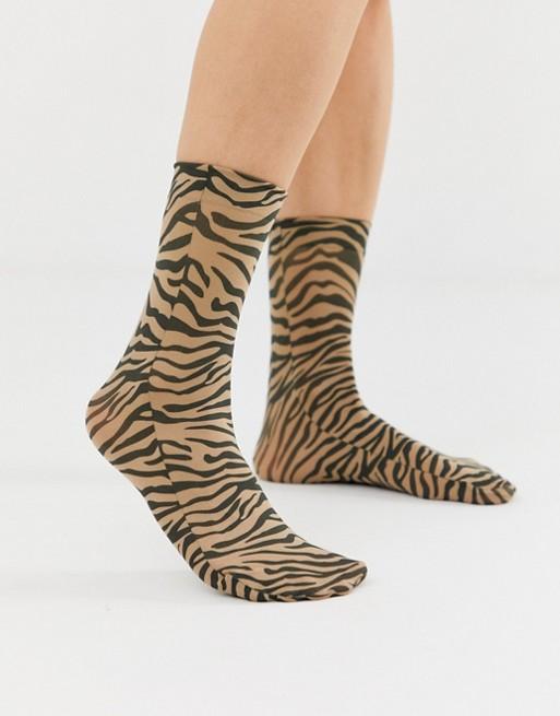 ASOS DESIGN tiger ankle socks