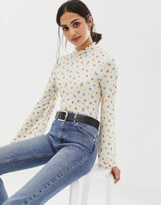 Image 1 of ASOS DESIGN top in rib with wide sleeve in ditsy print