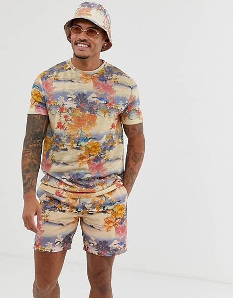 ASOS DESIGN two-piece relaxed t-shirt with all over souvenir print in linen look