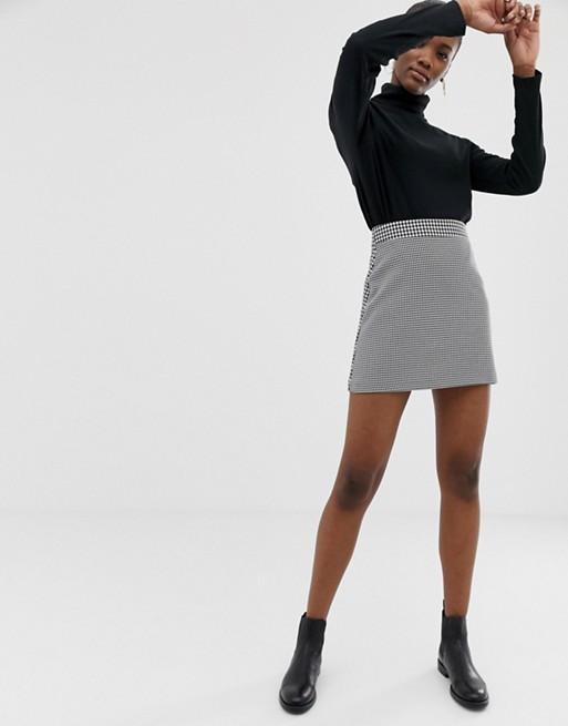 86bf4e618b1151 ASOS DESIGN - Ultimate - Mini-jupe trapèze à motif pied-de-poule irrégulier