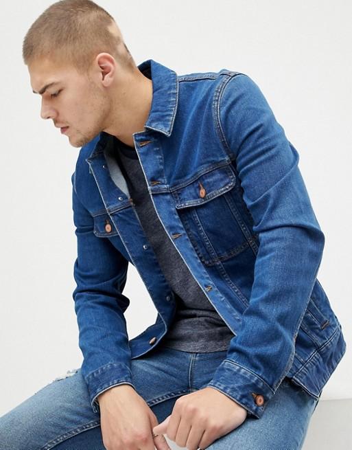 ASOS DESIGN - Veste en jean ajustée - Délavage foncé