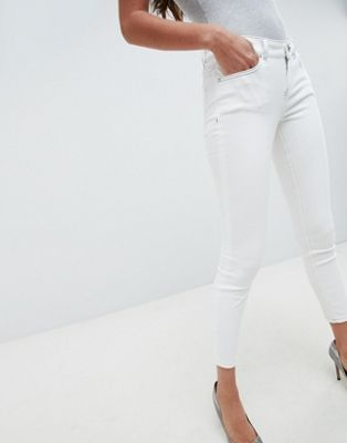 ASOS DESIGN Whitby Low Rise Jeans In Off White With Contrast Stitching