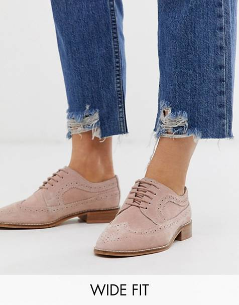 ASOS DESIGN Wide Fit Mai Tai leather brogues in blush