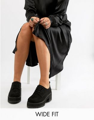 Image 1 of ASOS DESIGN Wide Fit Twisted chunky lace up shoes