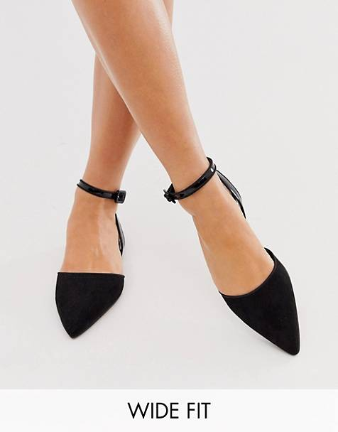 ASOS DESIGN Wide Fit Valuate pointed ballet flats in black