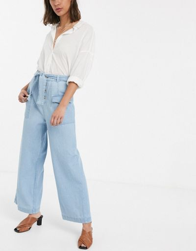 ASOS DESIGN Wide leg lightweight Jean with side pocket detail in light blue wash