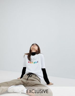 Bild 1 von ASOS DESIGN x glaad& – Besticktes, legeres T-Shirt