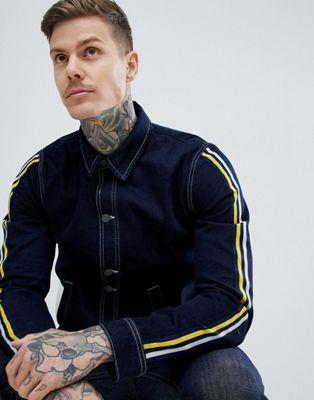 ASOS DESIGN–Blå jeansjacka i coach-modellmed ränder på ärmen