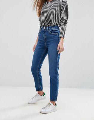 ASOS – FARLEIGH – Schmal geschnittene Mom-Jeans mit hoher Taille in dunkler Blüten-Waschung