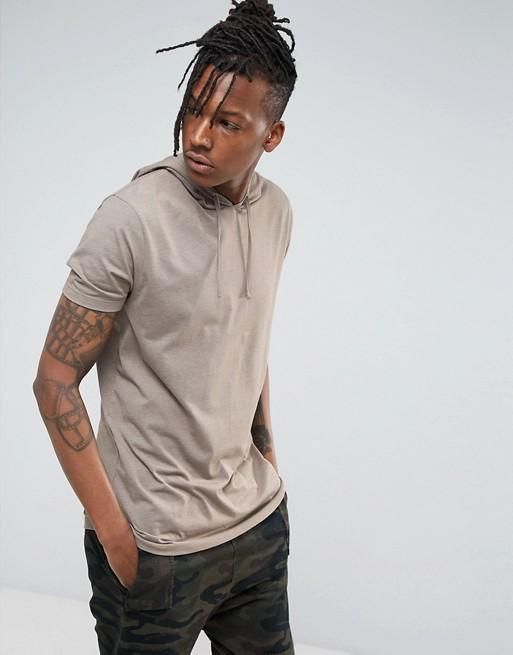 ASOS— Lang T-shirt med rund hals og hætte