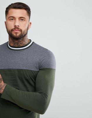 ASOS - T-shirt met lange mouwen en contrasterende schouderpas en randje om de boord