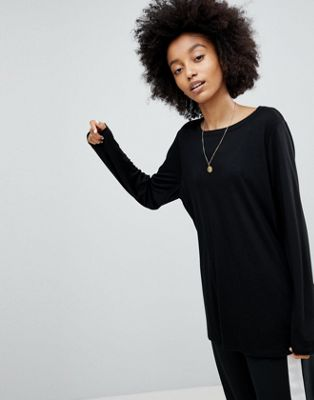 ASOS T-Shirt with Longline Sleeve In Lightweight Jersey