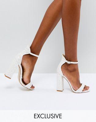 Be Mine – Bridal – Laurel – Vita och glittriga, höga sandaler med blockklack