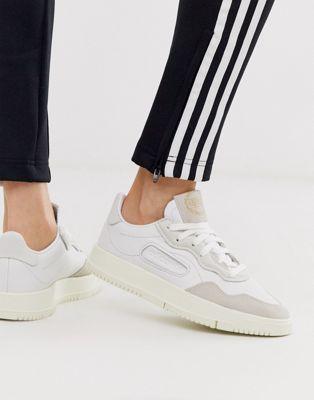 Белые кроссовки adidas Originals SC Premiere