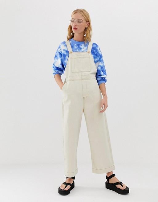 Изображение 1 из Белый джинсовый комбинезон с прямыми штанинами Monki