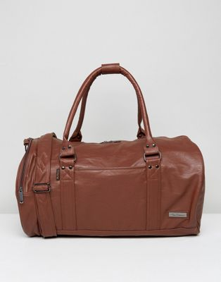 Ben Sherman Barrel Bag In Brown