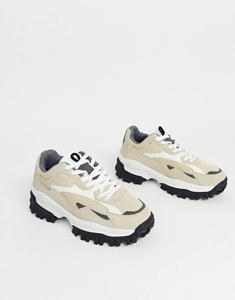 Bershka chunky sneaker with contrast trekking panels in cream