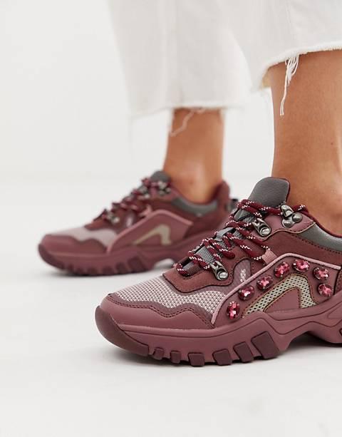 Bershka embellished hiker trainer in burgundy