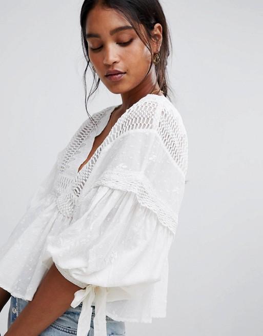 Blusa con manga abullonada de Glamorous asos beige Romántico