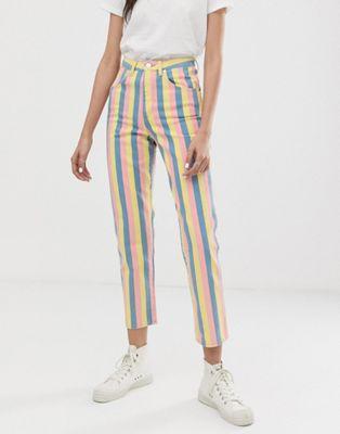 Bolsjestribede højtaljet mom-jeans fra Wrangler