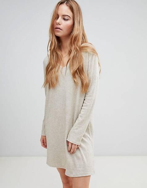 929892948b Boohoo basic knitted swing dress in beige